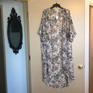 Lightweight Floral Duster
